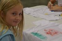 2. den, kresba na trička a výroba placky na připnutí