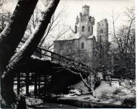 Zámek od Mlýnského náhonu, 80. léta