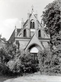 Novogotická obřadní síň, foto 1976